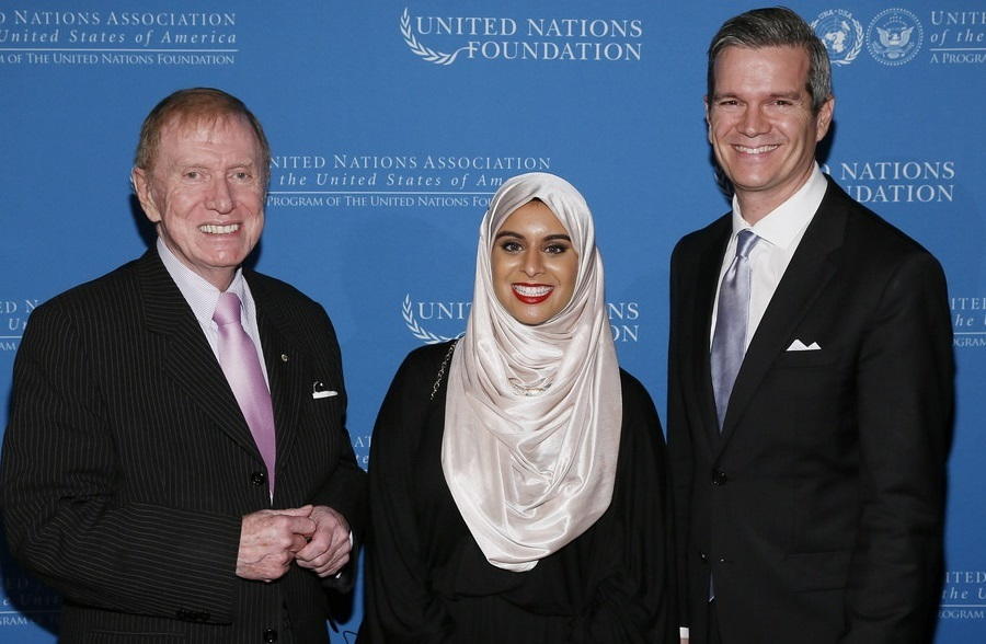 Rana Abdelhamid (center) with UN Commissioner Justice Michael Kirby and UNA-USA Executive Director Chris Whatley at the UN Foundation's 2014 Global Leadership Awards, where she was honored.