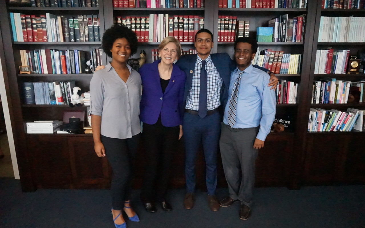 Senator Elizabeth Warren with Posse Scholar interns Tanisha DeLeon, Luis Morales and Uriel Girma. Senator Warren's office is a Posse Career Program partner.